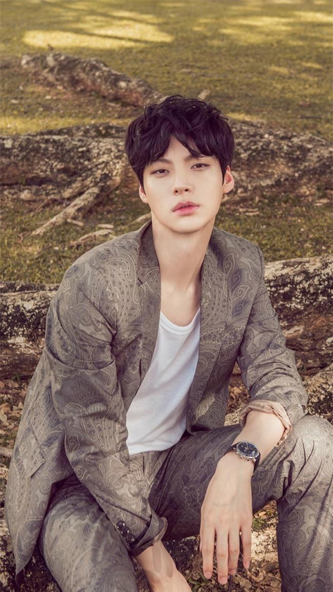 """Hậu nghi vấn hẹn hò chồng cũ mỹ nhân """"Cuộc Chiến Thượng Lưu"""", Goo Hye Sun lên tiếng mong mọi người """"tha thứ"""" cho Ahn Jae Hyun - Ảnh 4."""