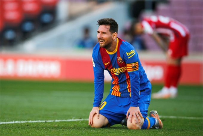 Messi ngán ngẩm khi không thắng được Oblak