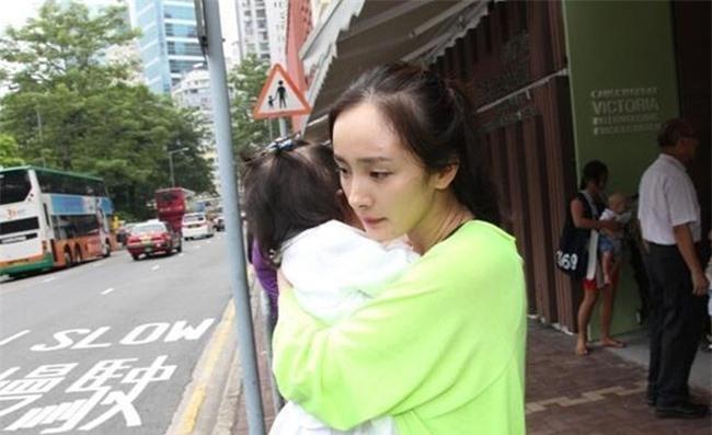 Dương Mịch có được sự nghiệp thành công nhưng lại đánh mất chính con gái của mình - Ảnh 5.
