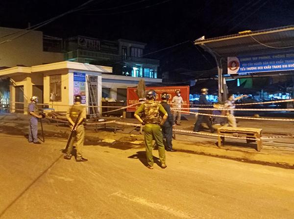 Phong tỏa chợ Hòa Khánh Nam ngay trong đêm