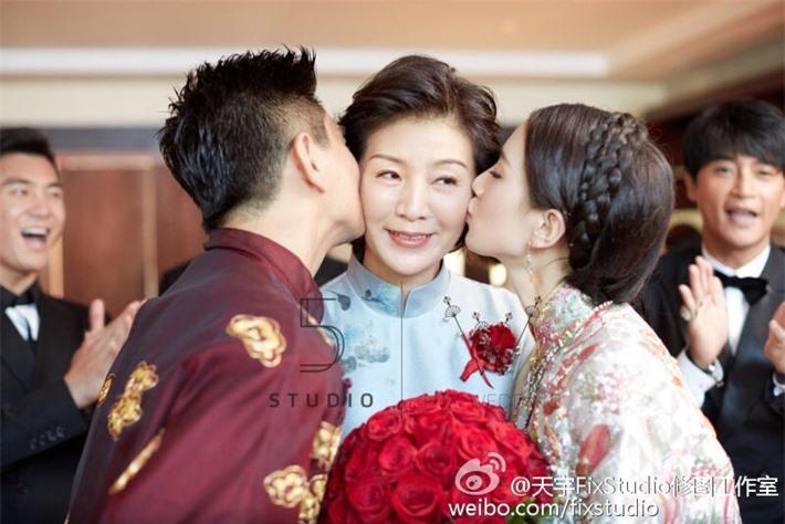 Nhan sắc mẹ ruột của các mỹ nhân Hoa ngữ: Người có vẻ đẹp hơn hẳn con gái - Ảnh 5.