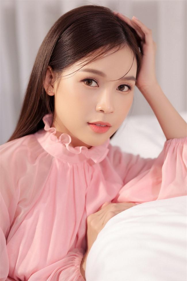 Sam trang điểm nhẹ nhàng, đọ sắc bên cô bạn người Hàn Quốc - Ảnh 3.