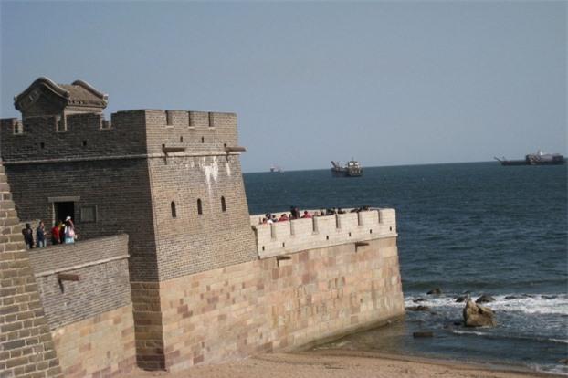Vạn Lý Trường Thành của Trung Quốc kết thúc tại biển Bột Hải