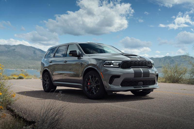 =3. Dodge Durango SRT Hellcat (công suất tối đa: 710 mã lực, thời gian tăng tốc từ 0-100 km/h: 3,5 giây).