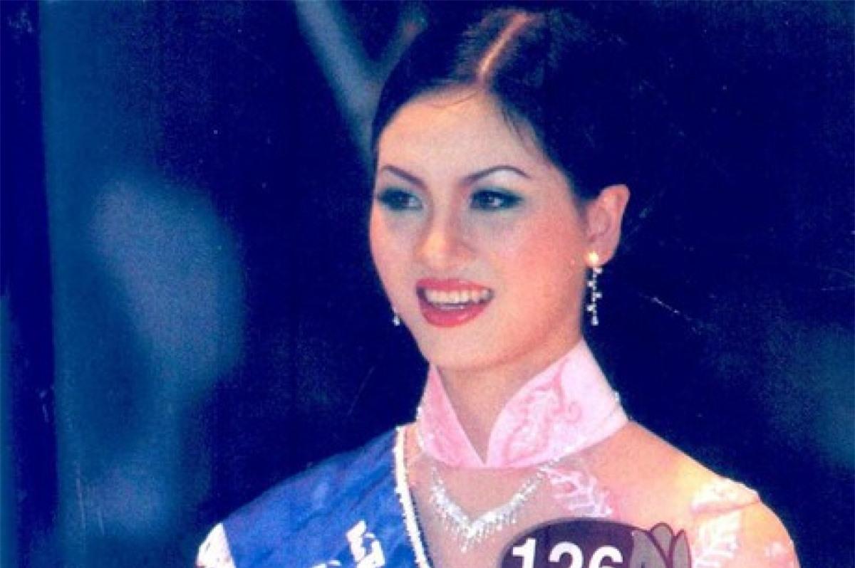 Á hậu Mai Hương