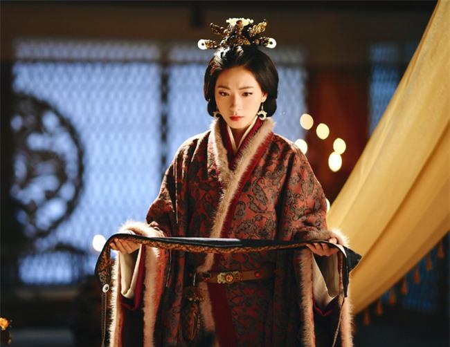 Hoàng đế say rượu thị tẩm nhầm người, không ngờ tạo ra kết quả ấn tượng, giúp nhà Hán tồn tại thêm gần 200 năm - Ảnh 4.