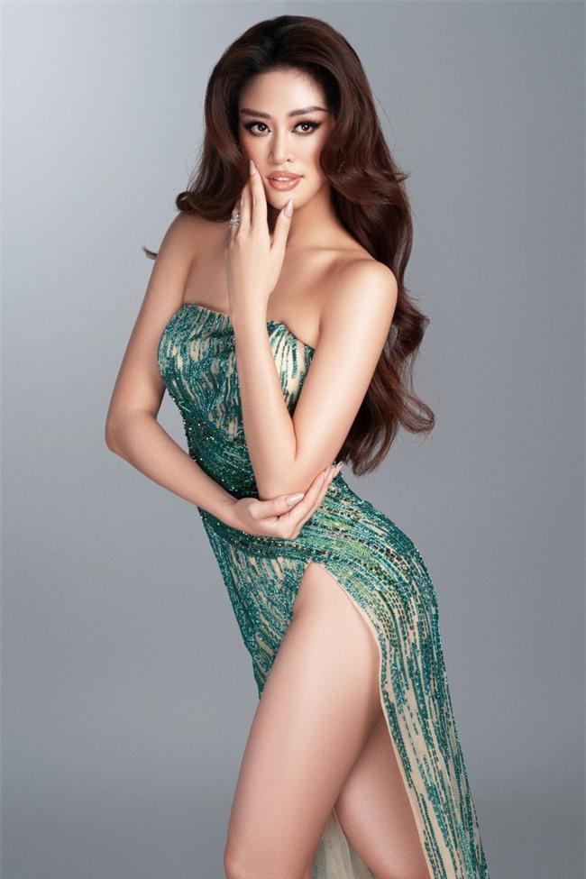 Khánh Vân hé lộ trang phục dạ hội nóng bỏng trước thềm bán kết Miss Universe 2020 - Ảnh 4.