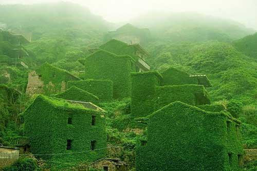 """Những ngôi làng khiến du khách ngỡ như """"lạc vào xứ thần tiên"""""""