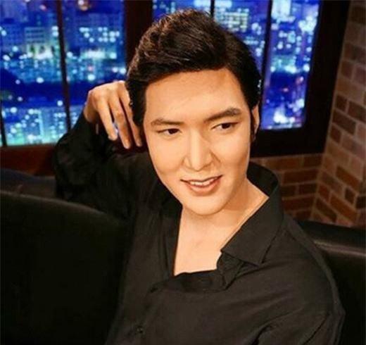 Tượng sáp của dàn sao Hàn đình đám: Lee Min Ho mập ú, Kim Soo Hyun đen nhẻm ảnh 4