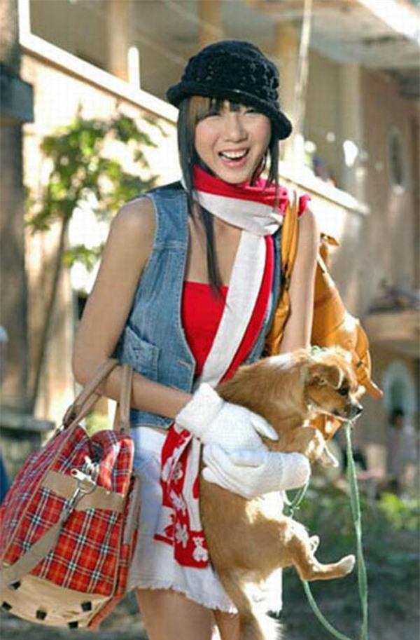 Cuộc sống ở Mỹ của người mẫu Ngọc Quyên: Từng mua một ổ bánh mì, cắt làm 3 khúc ăn từ sáng đến tối - Ảnh 4.