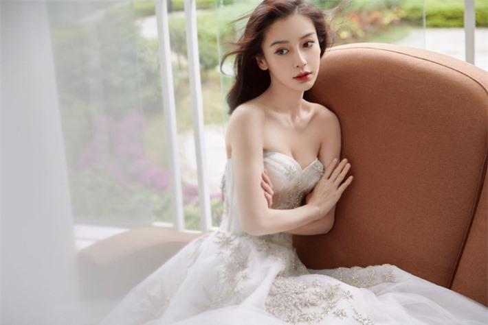 Những mỹ nhân Hoa ngữ đẹp nhất trong mắt người Hàn Quốc: Dương Mịch mất hút, Triệu Lệ Dĩnh và Địch Lệ Nhiệt Ba vẫn phải lép vế trước nữ idol này - Ảnh 16.
