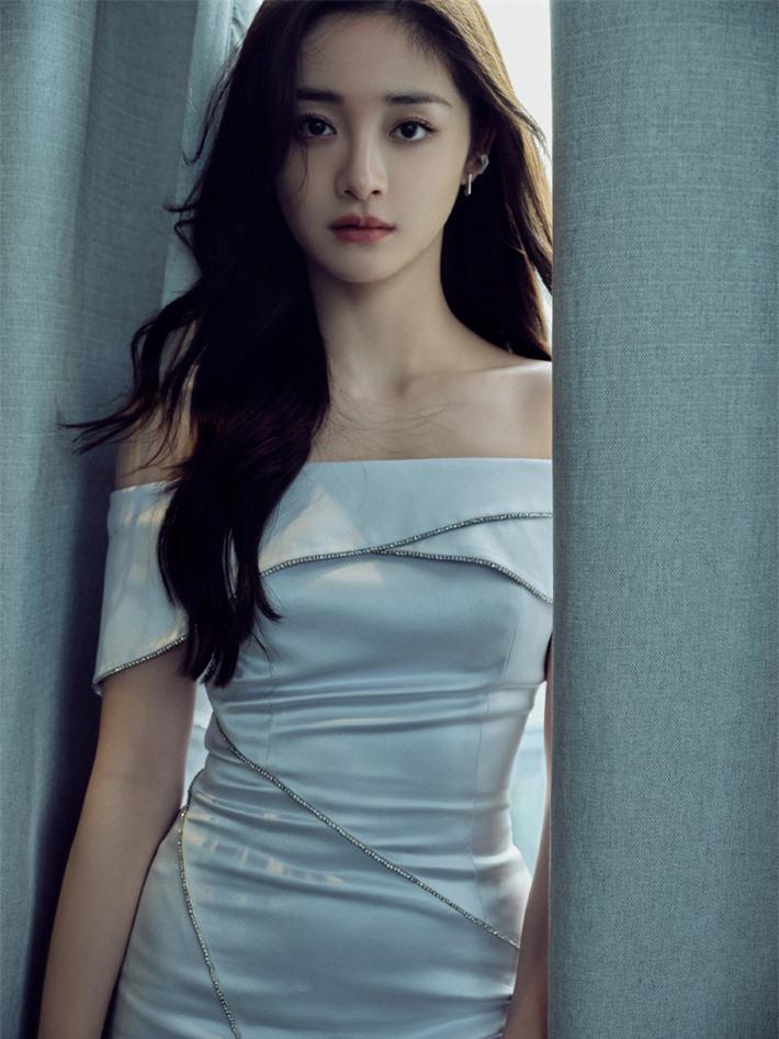 Những mỹ nhân Hoa ngữ đẹp nhất trong mắt người Hàn Quốc: Dương Mịch mất hút, Triệu Lệ Dĩnh và Địch Lệ Nhiệt Ba vẫn phải lép vế trước nữ idol này - Ảnh 17.