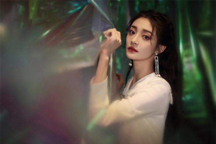 Những mỹ nhân Hoa ngữ đẹp nhất trong mắt người Hàn Quốc: Dương Mịch mất hút, Triệu Lệ Dĩnh và Địch Lệ Nhiệt Ba vẫn phải lép vế trước nữ idol này - Ảnh 19.