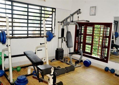 Phòng tập gym trong gia đình Lý Hải
