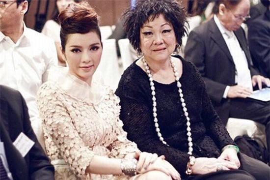 Lý Nhã Kỳ: Ngôi sao giàu có nhất nhì showbiz Việt, sở hữu nhiều mối quan hệ bí ẩn cùng chuyện tình 9 năm đứt đoạn với người đàn ông tên Phúc - Ảnh 6.