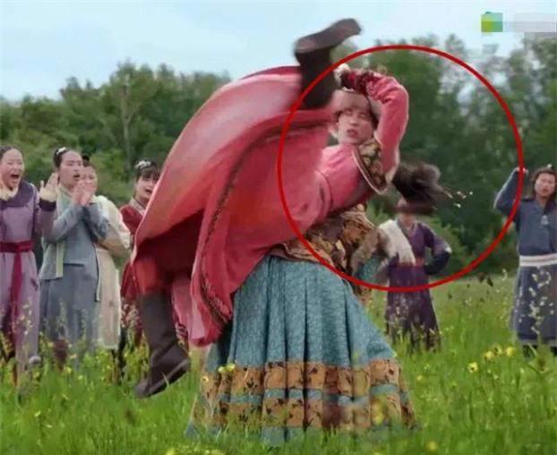 15 lỗi sai ngớ ngẩn thấy rõ trong phim cổ trang Hoa ngữ khiến khán giả 'giận tím người'