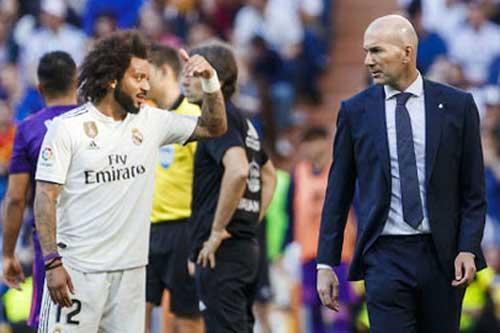 Zidane đau đầu với hàng thủ 'rách nát' của Real