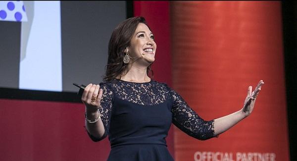 Chị gái tỷ phú Mark Zuckerberg khuyến khích phụ nữ tham gia sân chơi đầu tư thế giới