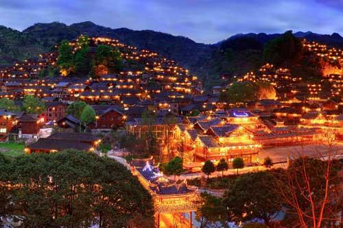 Những ngôi làng đẹp như mơ du khách không thể bỏ qua