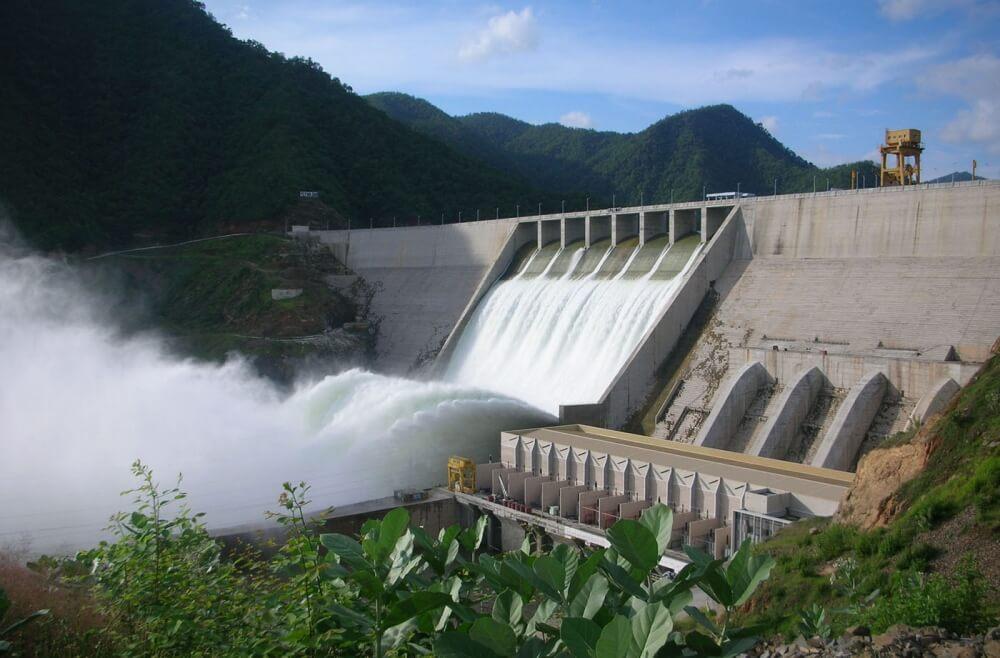 Nhiều thủy điện ở Đắk Nông vi phạm quy định về dòng chảy môi trườnggây nên tình trạng cạn kiệt nguồn nước vào mùa khô