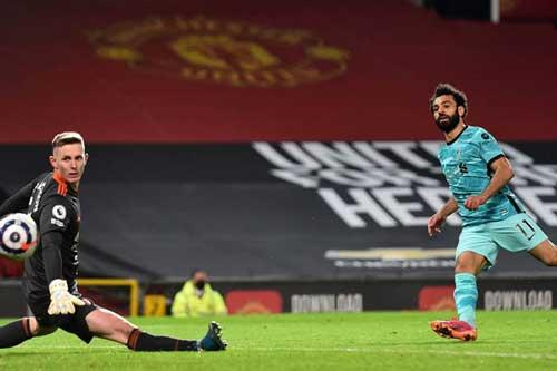 Điểm nhấn MU 2-4 Liverpool: 'Vua ngược dòng' bị lội ngược dòng