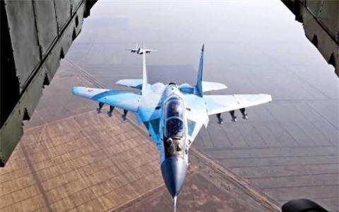 Chuyen gia My nghi MiG-35 gay nham lan voi F-35