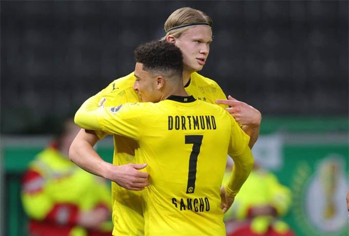 Sancho va Haaland đều lập cú đúp giúp Dortmund thắng Leipzig