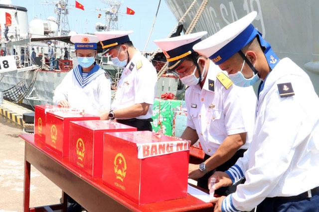 Bà Rịa-Vũng Tàu tổ chức bầu cử sớm cho cán bộ, chiến sĩ, người lao động làm việc dài ngày trên biển.