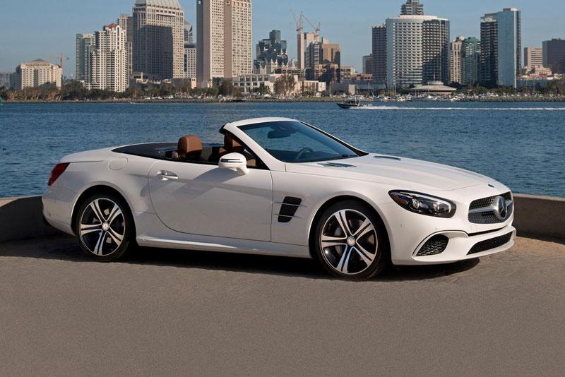 6. Mercedes-Benz SL-Class 2020 (giá khởi điểm: 91.000 USD).