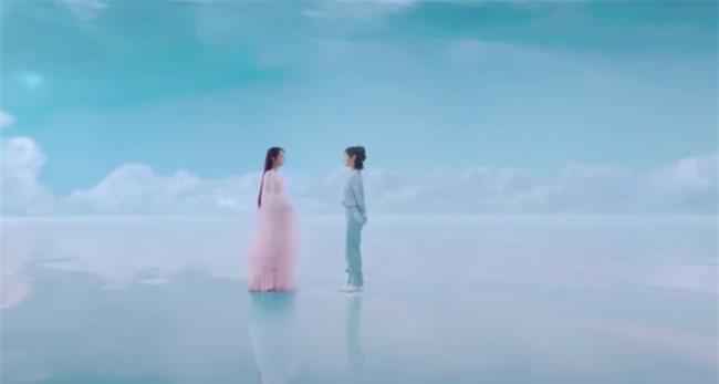 Dương Tử đóng lại vai Cẩm Mịch ở Hương mật tựa khói sương, xuất hiện xinh đẹp khiến fan mê mẩn - Ảnh 5.