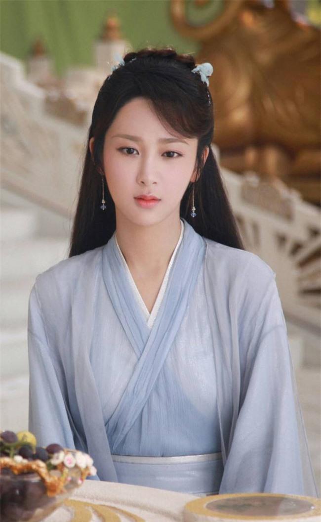 Dương Tử đóng lại vai Cẩm Mịch ở Hương mật tựa khói sương, xuất hiện xinh đẹp khiến fan mê mẩn - Ảnh 8.
