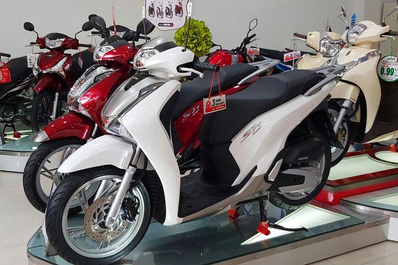 Honda SH 2019 đội giá 72 triệu đồng so với giá đề xuất