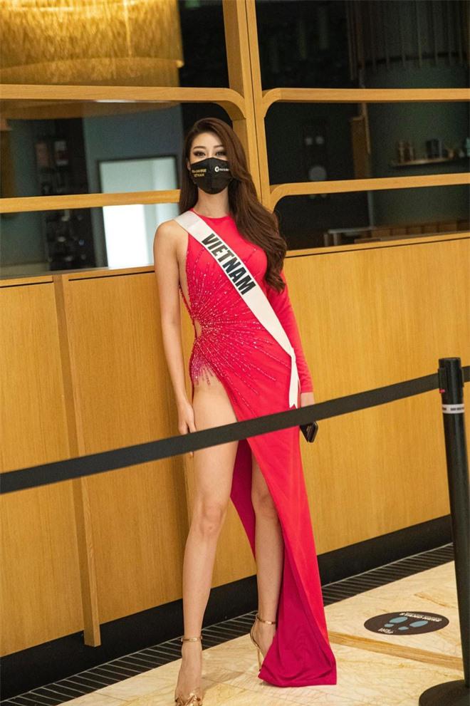 """Người đứng sau outfit """"chặt chém"""" của Khánh Vân thừa nhận từng cãi vã, tiết lộ tính cách nàng hậu trước khi chinh chiến ở Miss Universe - Ảnh 8."""