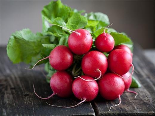 Những loại rau củ ăn sống 'tốt gấp nghìn lần' nấu chín ảnh 2