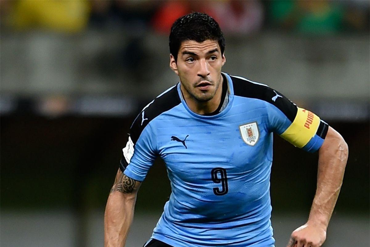7. Luis Suarez - ĐT Uruguay (63 bàn/116 trận)
