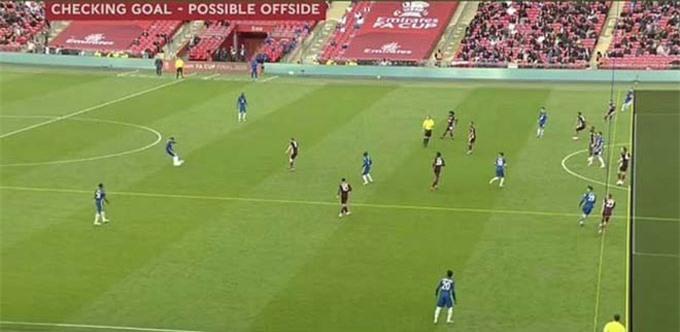 Pha việt vị gây tranh cãi của Chilwell ở trận Chelsea vs Leicester
