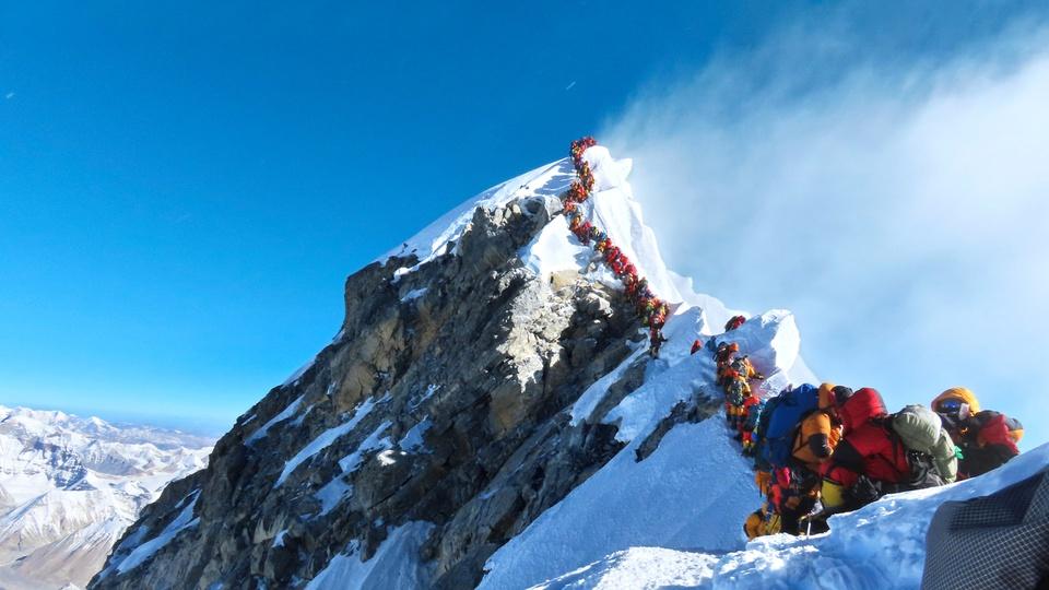 Theo World Atlas, đỉnh Everst nằm giữa 2 quốc gia Nepal và Trung Quốc (Tây Tạng), thuộc dãy Himalaya. Ảnh: World Atlas.