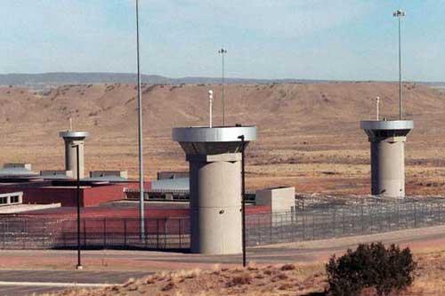 Cận cảnh nhà tù khét tiếng ở Mỹ, chuyên giam giữ tội phạm nguy hiểm