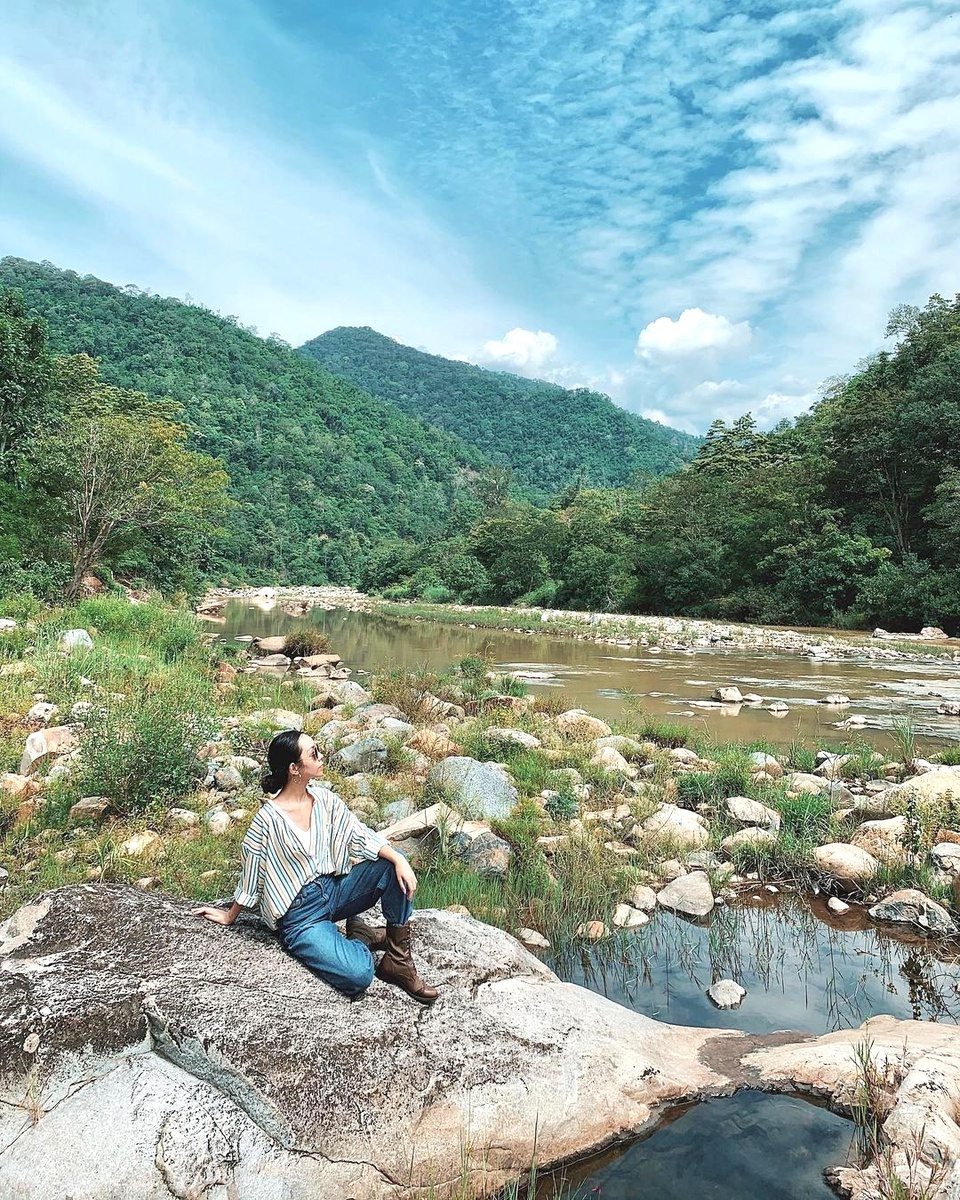 Vườn quốc gia Phước Bình nằm tại huyện Bác Ái, được thành lập vào năm 2006. Bác Ái là huyện miền núi ở phía bắc tỉnh, hiện không có thị trấn, chỉ có 9 xã. Điểm đến này có thiên nhiên mát mẻ, trong lành giữa vùng đất khô hạn, nắng gió Ninh Thuận. Ảnh: Vi Linh.