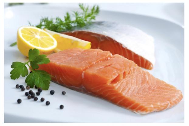 Người thiếu máu cơ tim nên ăn cá mỗi tuần để phòng nhồi máu cơ tim.