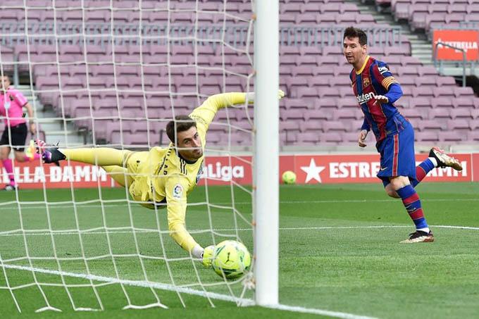 HLV Koeman hy vọng Messi không bỏ Barca