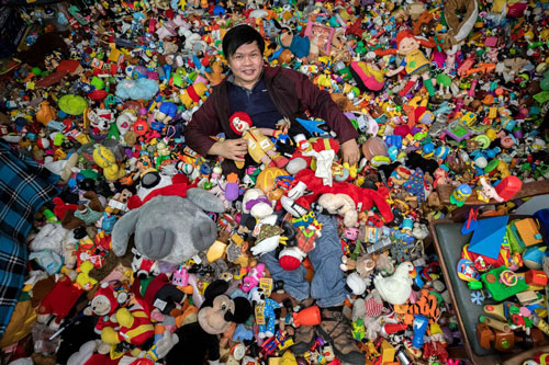 Lập kỷ lục thế giới sau 45 năm sưu tập đồ chơi