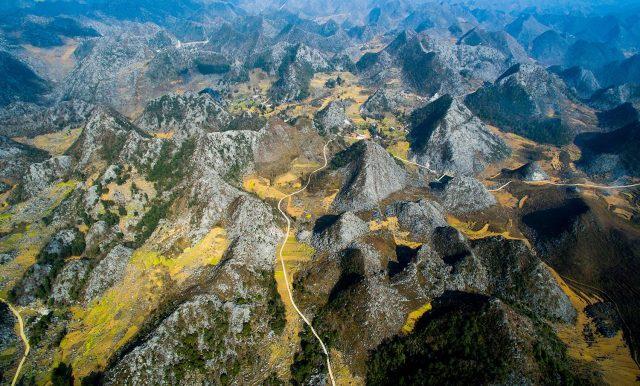 Cao nguyên đá Đồng Văn (Công viên Địa chất Cao nguyên đá Đồng Văn) đã được UNESCO công nhận là Công viên địa chất toàn cầu vào năm 2010. Ảnh: Dulichhagiang.vn.