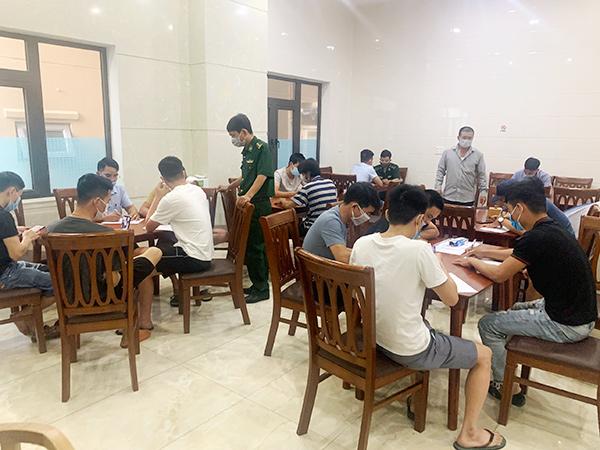 Lực lượng BĐBP lấy lời khai của 175 từ 18 tỉnh, thành đến Đà  Nẵng để xuất cảnh trái phép sang Hàn Quốc bằng đường biển