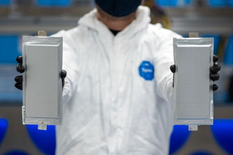 BMW và Ford đầu tư vào pin thể rắn