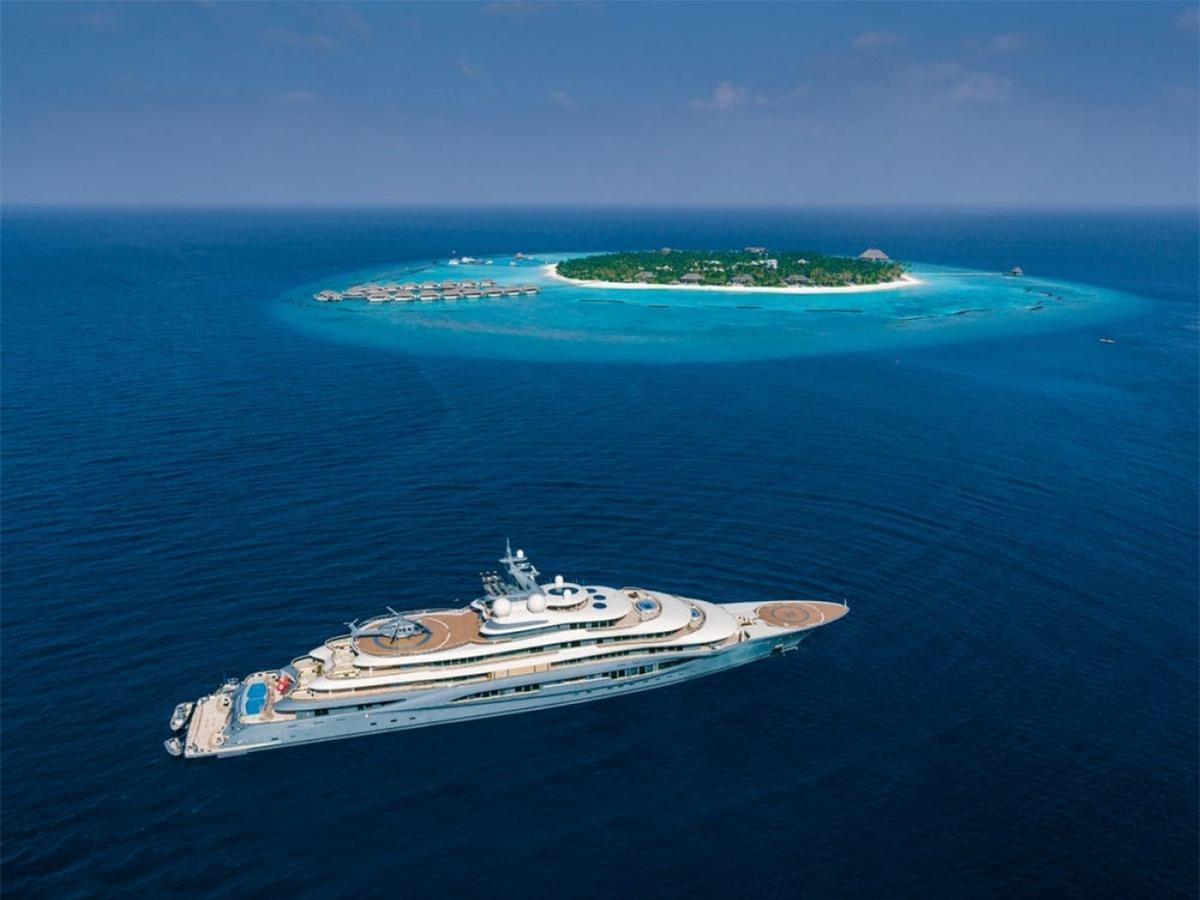 Flying Fox được đánh giá là du thuyền đắt bậc nhất thế giới.