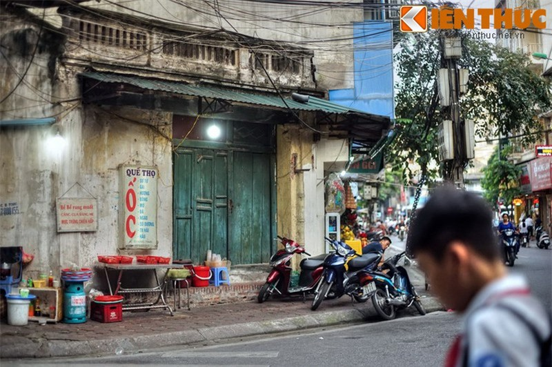 Kham pha an tuong ve con pho co dac san hot nhat Ha Noi-Hinh-19