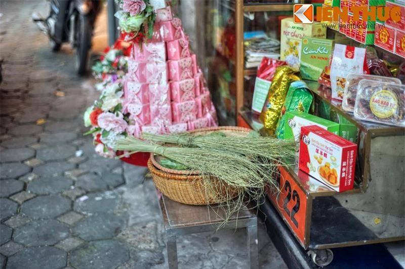 Kham pha an tuong ve con pho co dac san hot nhat Ha Noi-Hinh-24