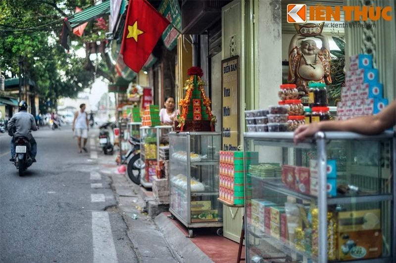 Kham pha an tuong ve con pho co dac san hot nhat Ha Noi-Hinh-6