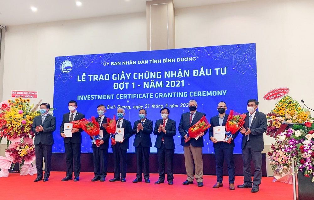 các dự án được trao Giấy chứng nhận đầu tư hôm nay là minh chứng cụ thể cho sự tin tưởng và cam kết gắn bó lâu dài của các nhà đầu tư nước ngoài đối với tỉnh.
